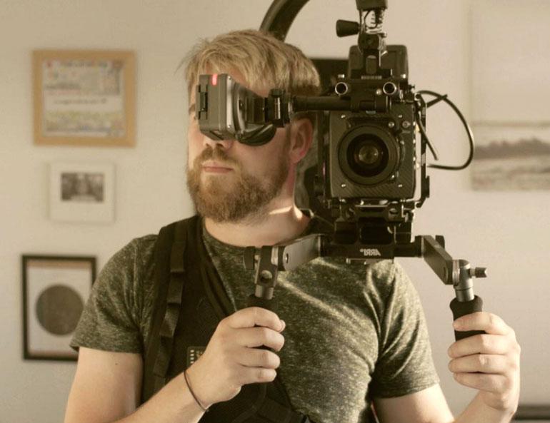 scottish-filmmaker-tom-alner-camera
